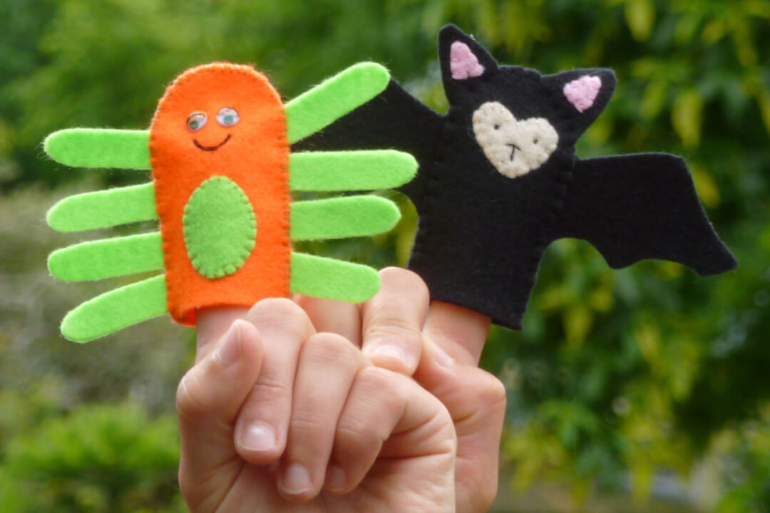 Bat and spider finger puppets- (Copyright Avon Gorge and Downs Wildlife Project)